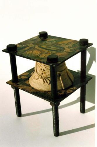 iron-man,1993,mixta acero,30 x 20 x 20 cm