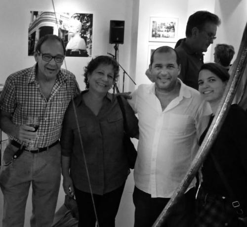 Bruce Hilander,Ivonne nieves (madre ) and Kizel lopez (sister)
